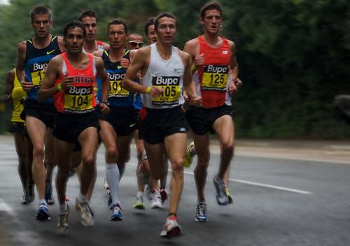 run a half marathon in 2 hours